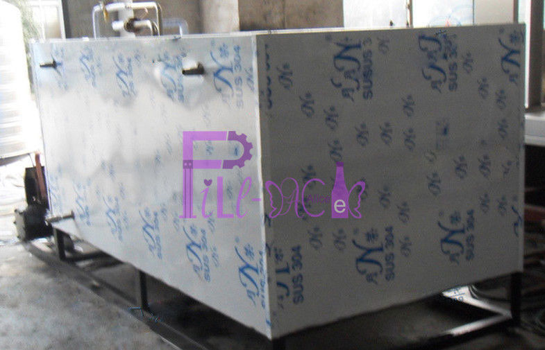 SUS304 Soft Drink Processing Line Industry Aerated Water Freezing Tank 0 - 5 ℃